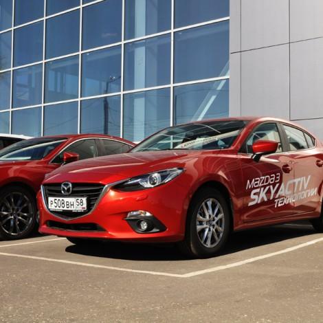 Брендирование корпоративных автомобилей  Mazda